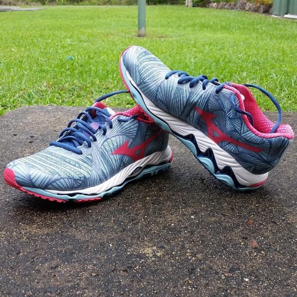 Mizuno Wave Paradox Women's Running Shoes SS15 Womens Blue
