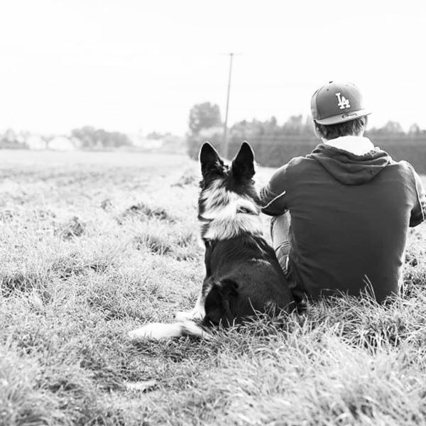 Man's best friend! #throwback #throwbackthursday #blackandwhite #dog #dogsofinstagram #man #friends #loyalty #potd #bordercollie #bordercollieoftheday #nature #field #style #photographer #bluemerle #newera #enjoy #qualitytime #rockyourbodymikecheckonetwo #dogslife #estsleepwalk #sky #instadog